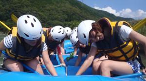 ボートにつかまる練習