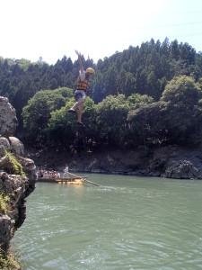 大ジャンプ