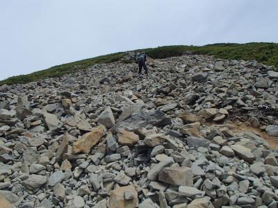 不思議な石の道