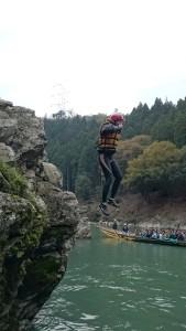 保津川飛び込み