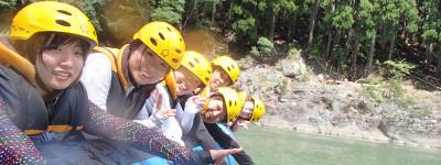 保津川の静水で遊ぶ